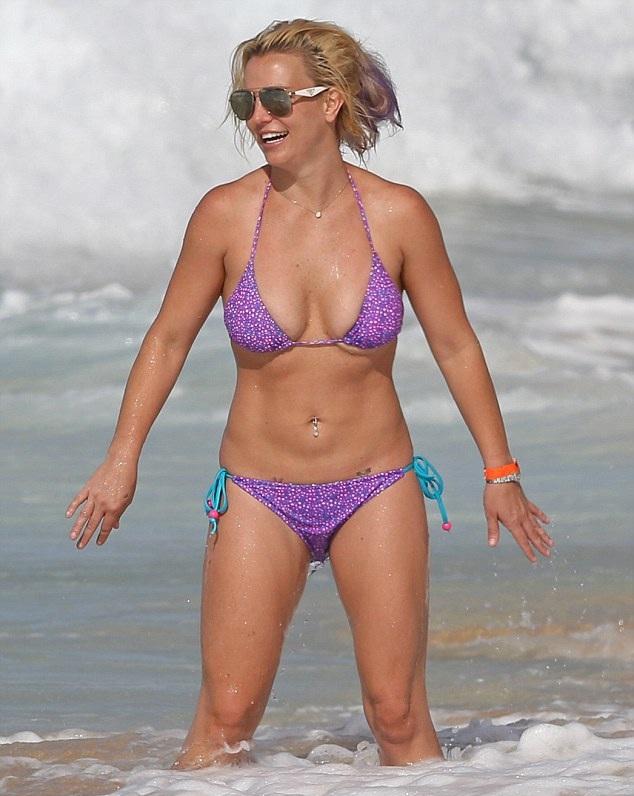 Бритни Спирс фото в купальнике в молодости   подборка (4)