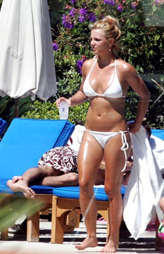 Бритни Спирс фото в купальнике в молодости   подборка (9)