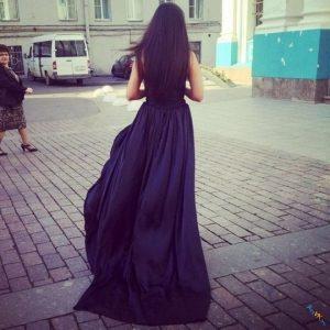 Брюнетки в платьях со спины   фото 021
