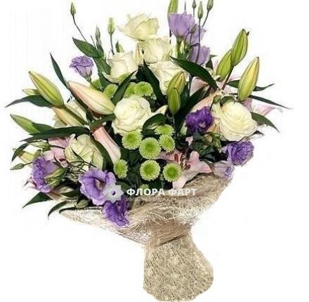 Букет из лилий и хризантем и роз007