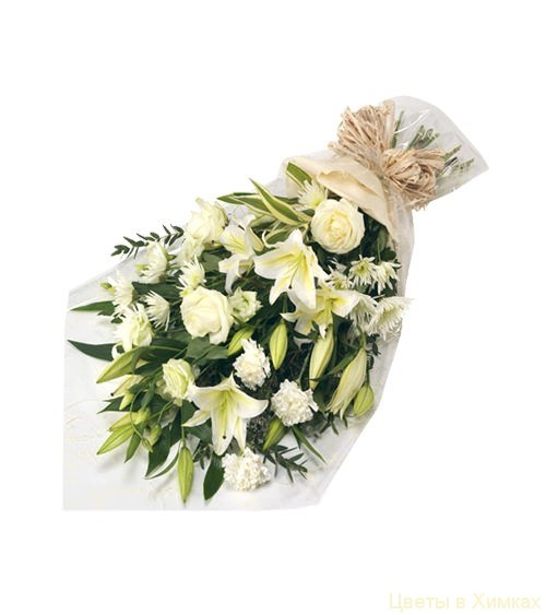 Букет из лилий и хризантем и роз016
