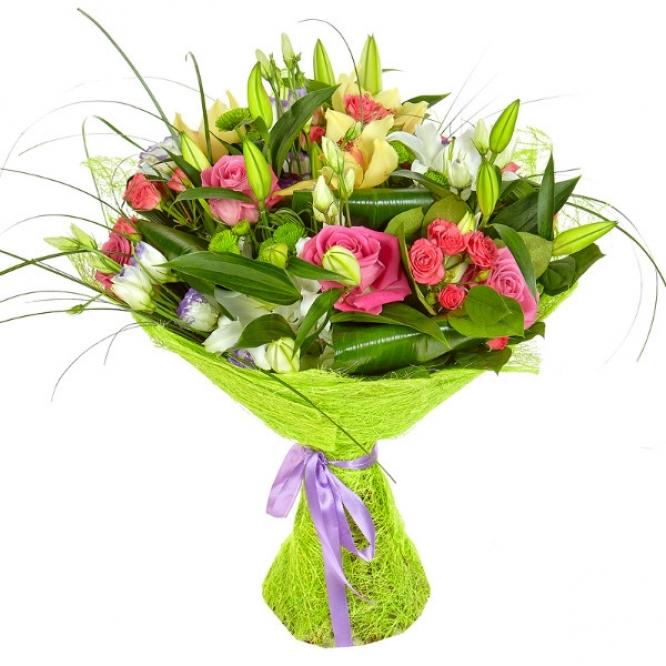 Букет из лилий и хризантем и роз023