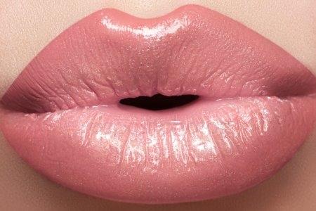 Губы мужские поцелуй картинки 005