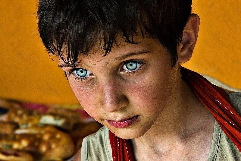 Девочка с самыми красивыми глазами 022
