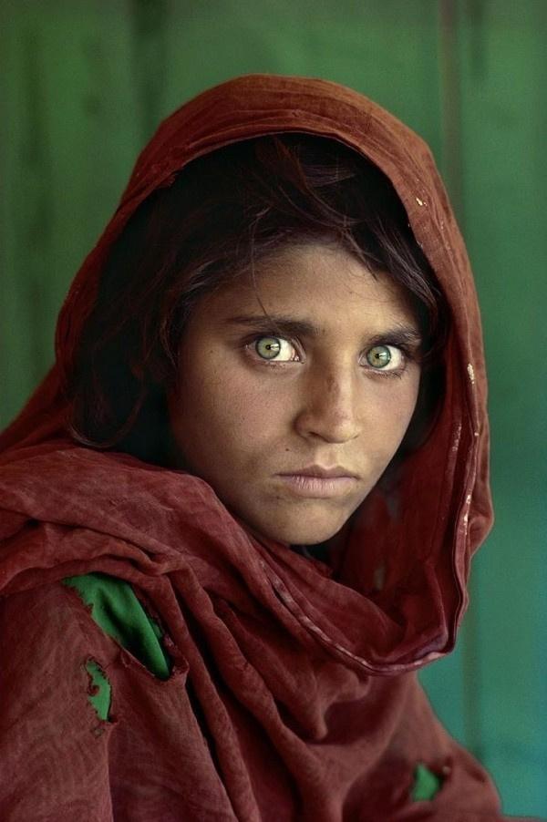 Девочка с самыми красивыми глазами 026