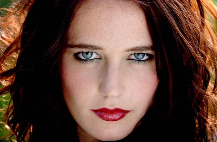 Девочка с самыми красивыми глазами 028
