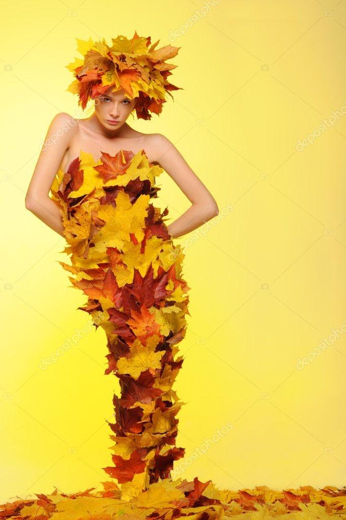 Девушка из листьев в платье   фото 008