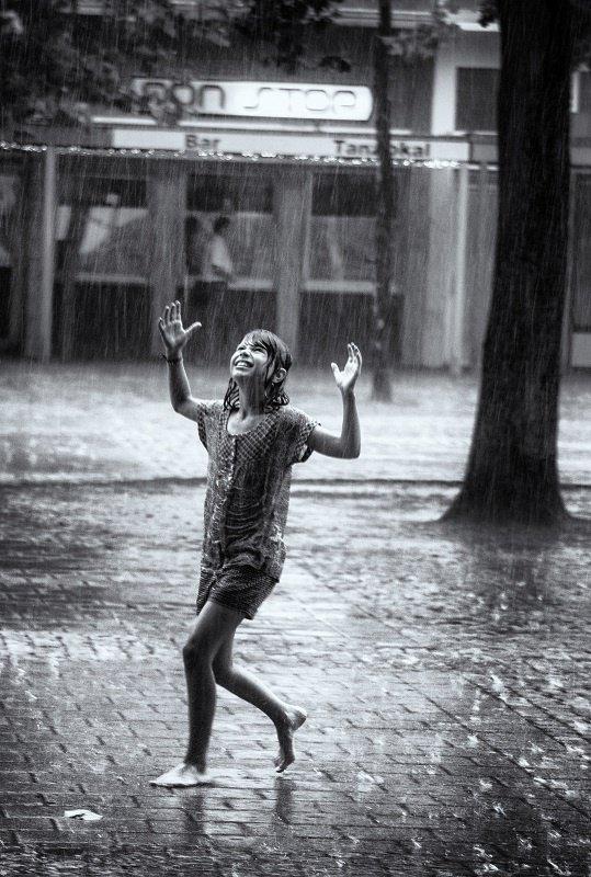 Девушка и дождь   красивые фото (13)