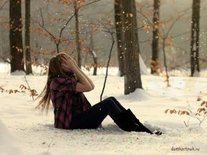 Девушка плачет картинки на аву в ВК   фото 015