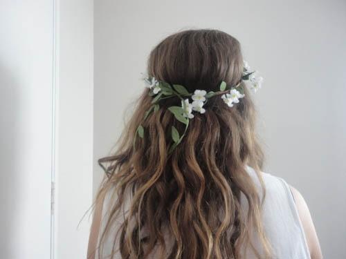 Девушка сзади с цветами   красивые фото 007