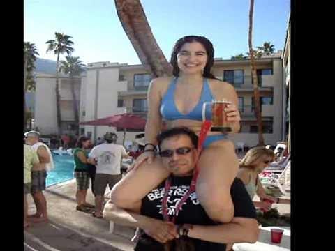 Девушка сидит на плечах у парня   фото (22)