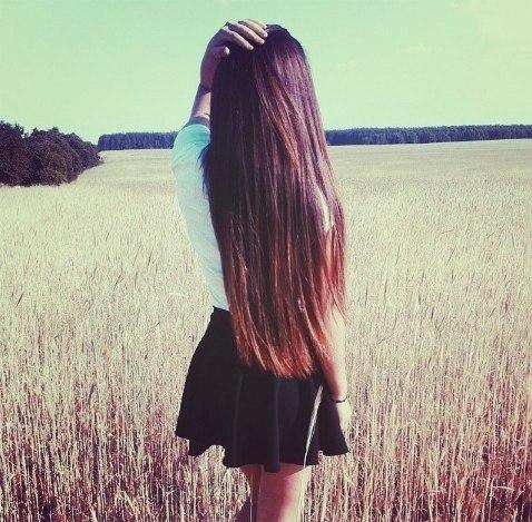 Девушка со спины идет   крутые фото024