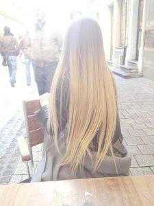 Девушка с длинными волосами сзади   фото 019