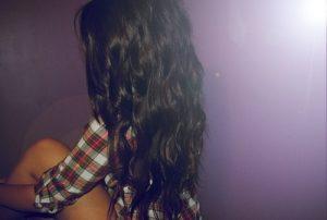 Девушка с черными волосами сзади   фото 024
