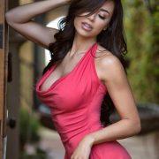 Девушки с большими формами в обтягивающих платьях   фото (20)