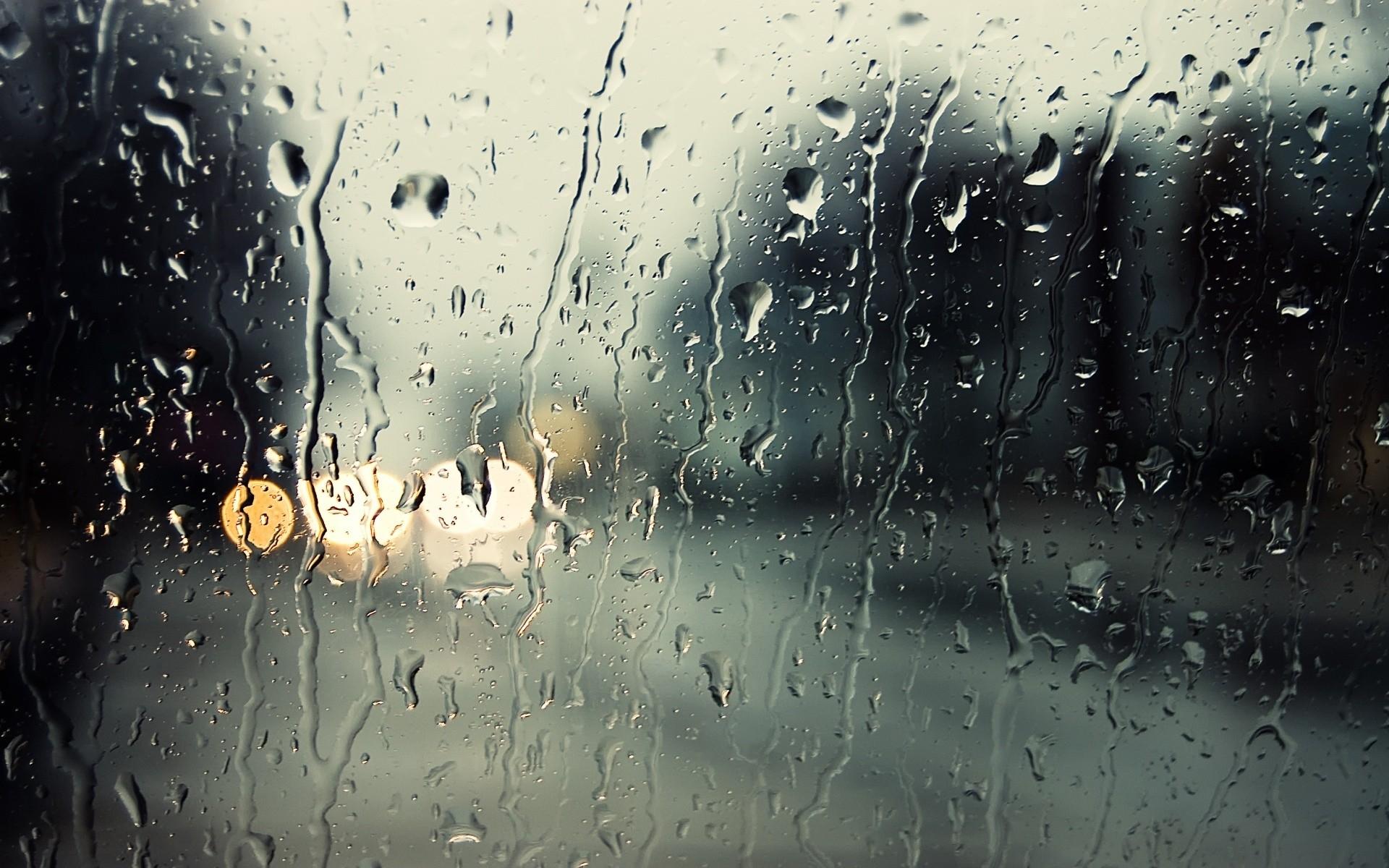 Картинки дождь на стекле на рабочий стол