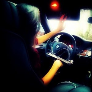 Женщины за рулем фото на аватарку 021