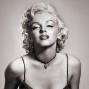 Картинка Мэрилин Монро с жвачкой   фото023