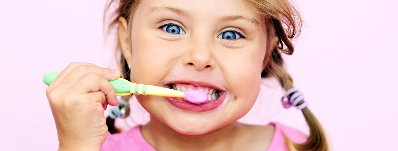 Картинка для детей чистить зубы   фото 015