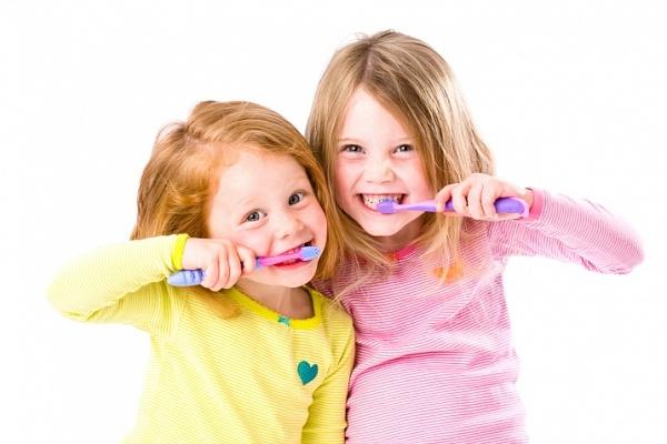 Картинка для детей чистить зубы   фото 016