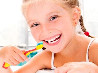 Картинка для детей чистить зубы   фото 021