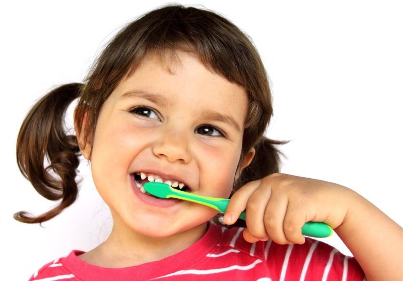 Картинка для детей чистить зубы   фото 025