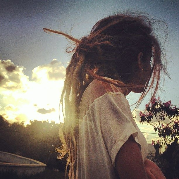 Картинка лицо девушки с волосами на аву 015