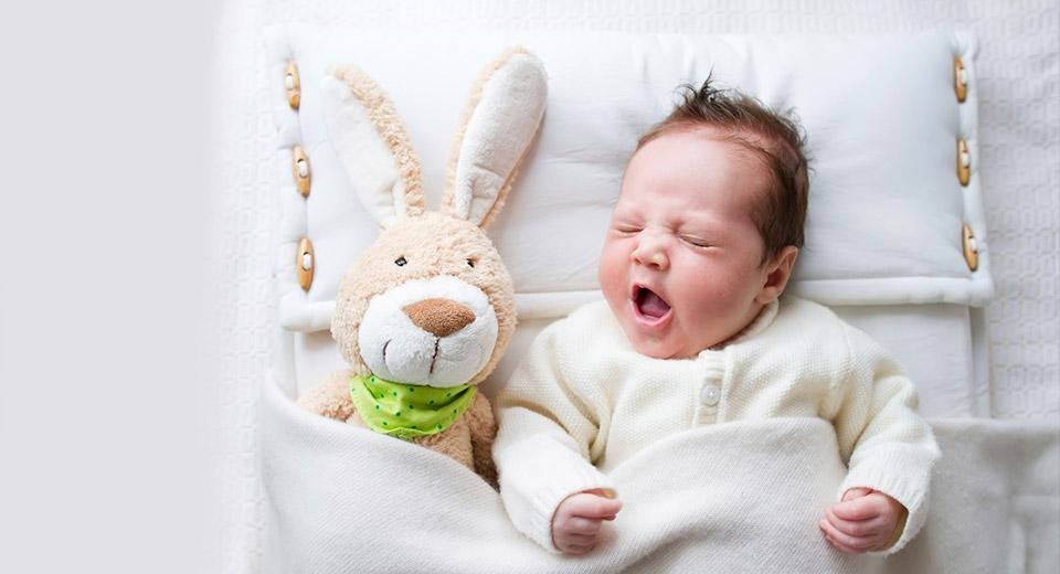 Картинка ребенок спит для детей 002