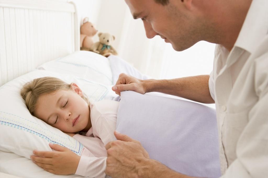 Картинка ребенок спит для детей 012