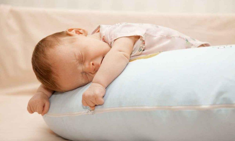 Картинка ребенок спит для детей 020