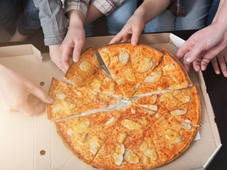 Картинки с пиццей смешные и веселые 014
