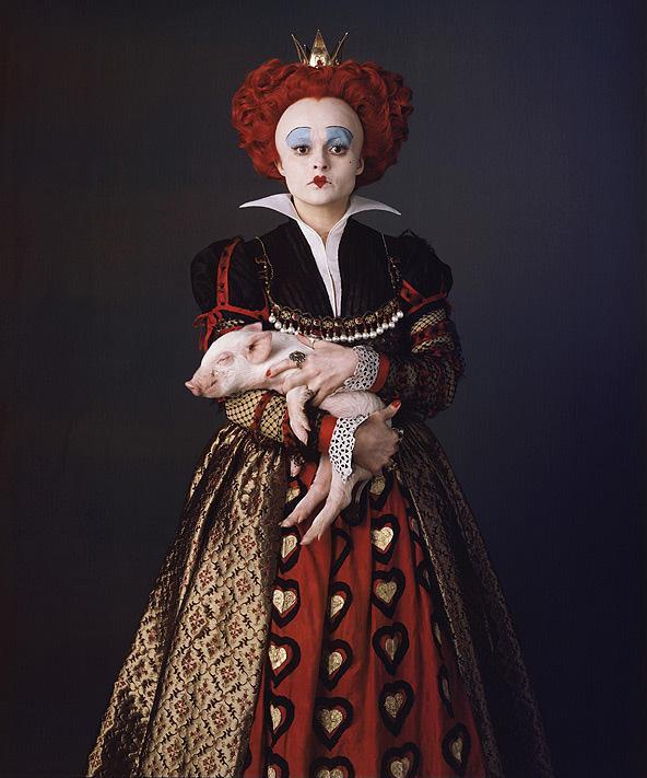 Королева из фильма Алиса в стране чудес   картинки (2)