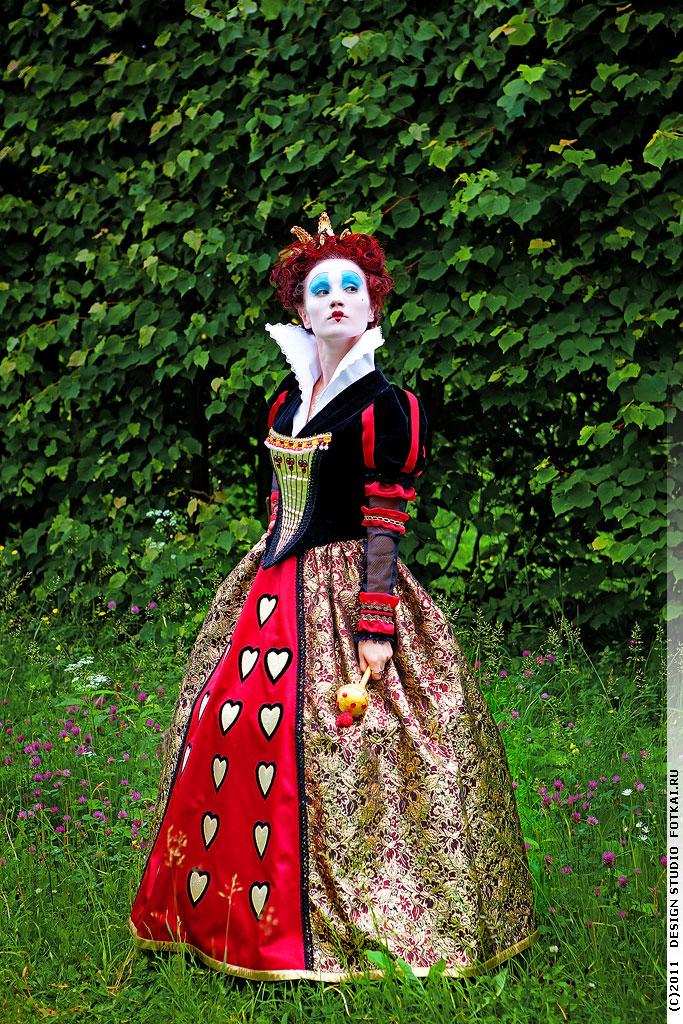 Королева из фильма Алиса в стране чудес   картинки (23)