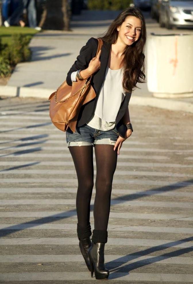Красивые девушки в шортах и в колготках   фото (2)