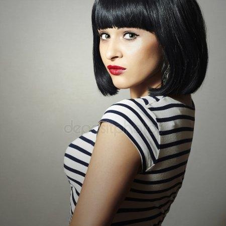 Красивые девушки с черными волосами и с челкой   фото (11)