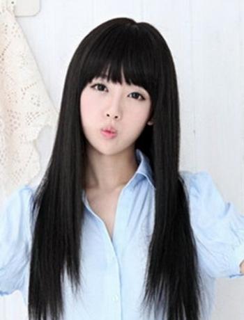 Красивые девушки с черными волосами и с челкой   фото (25)