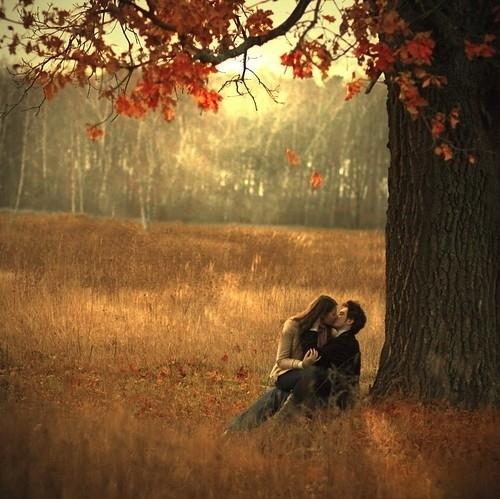 Красивые картинки пары влюбленные осенью 004