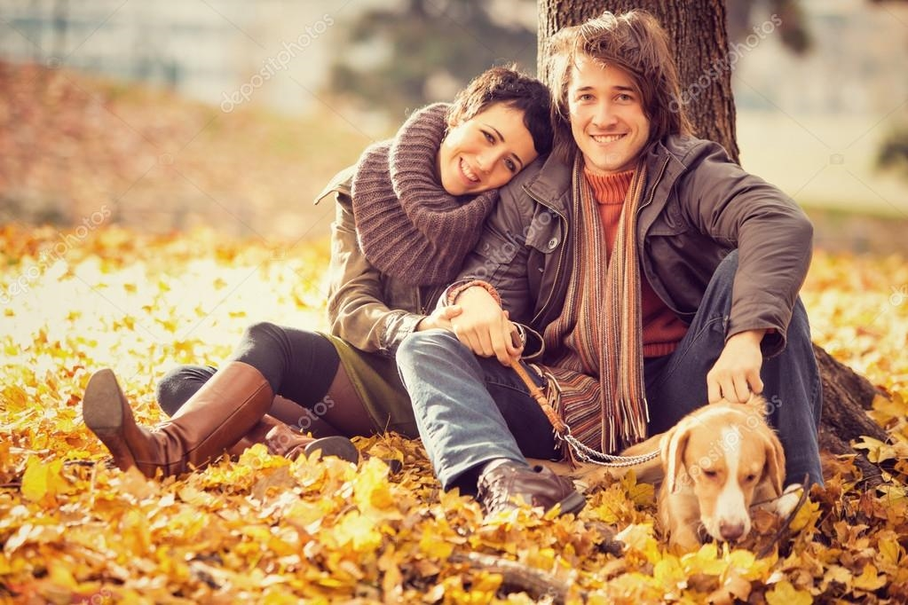 Красивые картинки пары влюбленные осенью 017