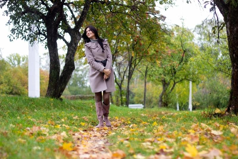 Красивые фотографии девушек осенью   подборка фото (23)