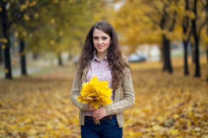 Красивые фотографии девушек осенью   подборка фото (3)