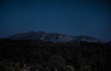 Красивые фото горы ночью   подборка016