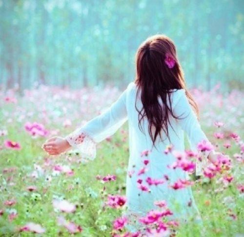 Красивые фото девушек спиной весной 012