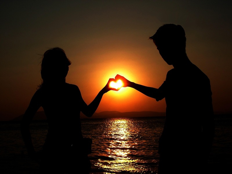 Красивые фото любовь на закате 002