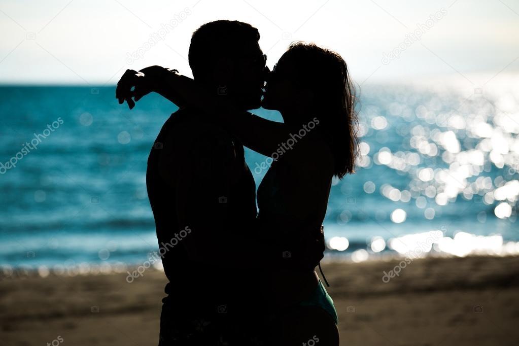 Красивые фото любовь на закате 004