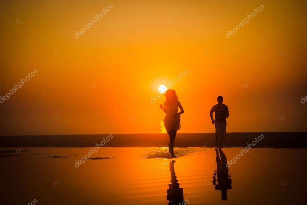 Красивые фото любовь на закате 008