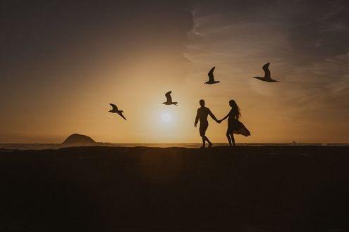 Красивые фото любовь на закате 014