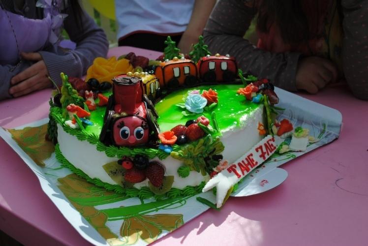 Красивый торт для друзей фото и картинки 015
