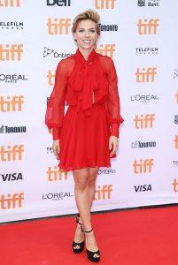 Красное платье Скарлетт Йоханссон   фото 024