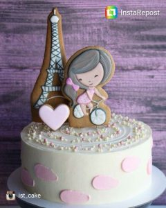 Кремовые торты на день рождения для девочек.   фото 027
