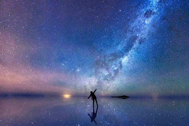 Луна на ночном небе   красивые фото008